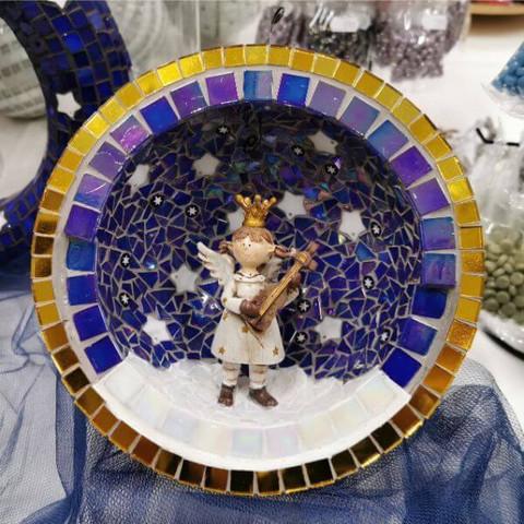 Christmas mosaics (video)
