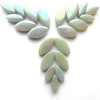 Petals, pale Grey, Iridised, 50 g