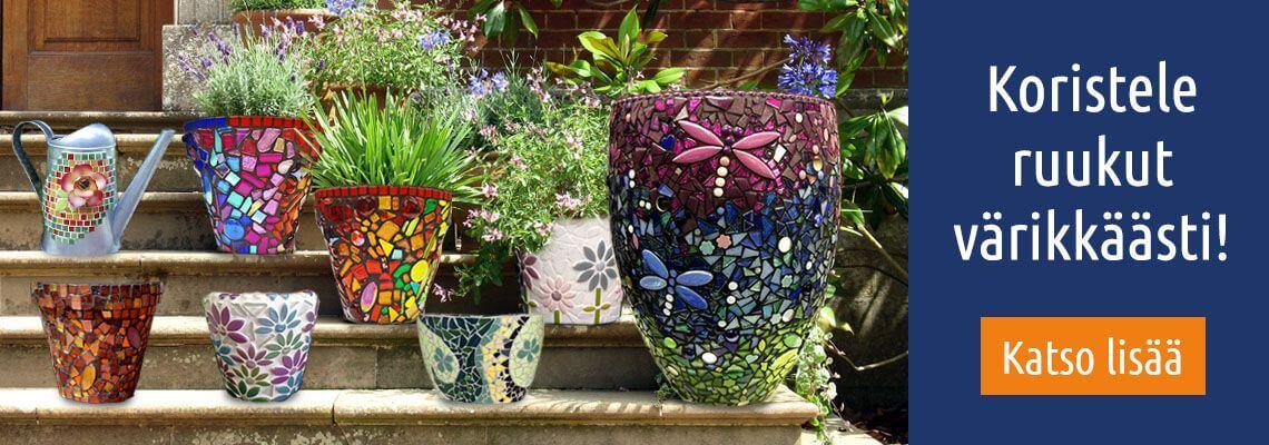Upeat mosaiikkiruukut puutarhaan.