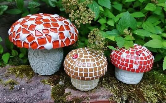 Höst mosaik idéer -  Gör trevlig svampskog till trädgården eller på balkongen.