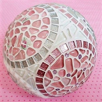 Styrofoam-ball, 2 parts, 20 cm