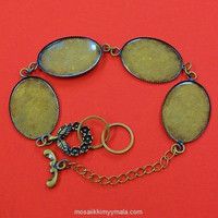 Bracelet chain with ovals, c. bronze