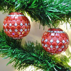X-mas balls, red, 2 pcs, DIY