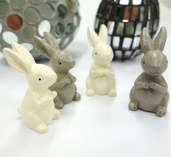 Polyresin Rabbits with adhesive dot, 4pcs