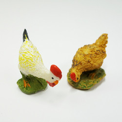 Polyresin Chickens, 4pcs