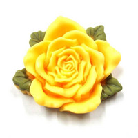 Big rose, yellow 4cm