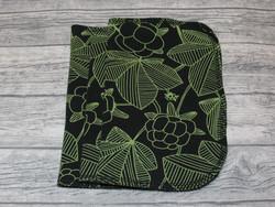 Kestoarkki, nenäliina 22x16 cm 3 kpl setti trikoo Hilla musta-vihreä