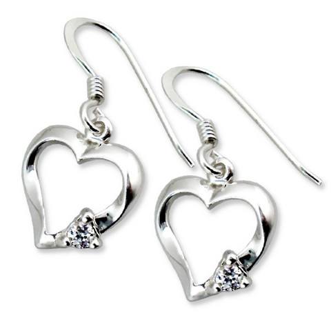 Hopeiset korvakorut, Luxurious Heart Earrings with CZ