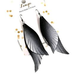 LEMPI-korvakorut, Siivet (musta-valkoinen, nahka)
