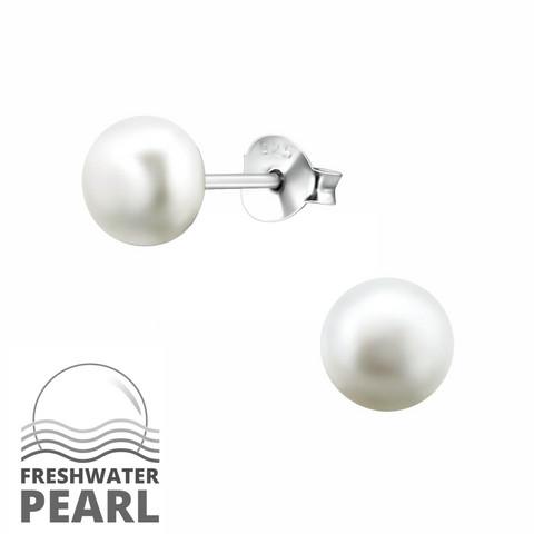 Hopeiset korvanapit, Small Natural Pearl -Makeanveden helmi (koko S)