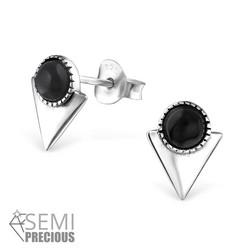 Hopeiset korvanapit, Mini Triangle with Black Onyx (onyx luonnonkivi pienessä kolmiossa)