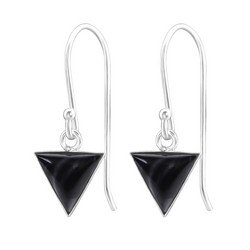 Hopeiset korvakorut, Small Triangle in Black Shell