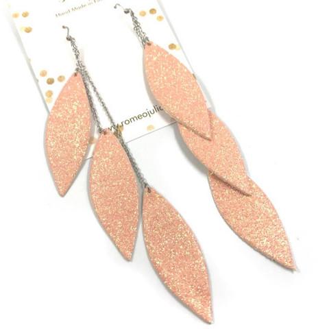 LEMPI-korvakorut, Laura (vaaleanpunainen kimallus, kolmiosainen)
