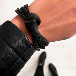 Rannekoru,The Knot (musta)