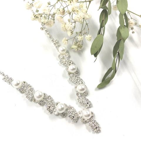 Strassikaulakoru, Elegant Pearls