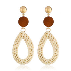 Puukorvakorut, rottinkikorvakorut/Teardrop Rattan Earrings with Brown Wooden Pearl