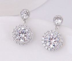 Juhlakorvakorut, ROMANCE/Classic CZ Earrings in Silver