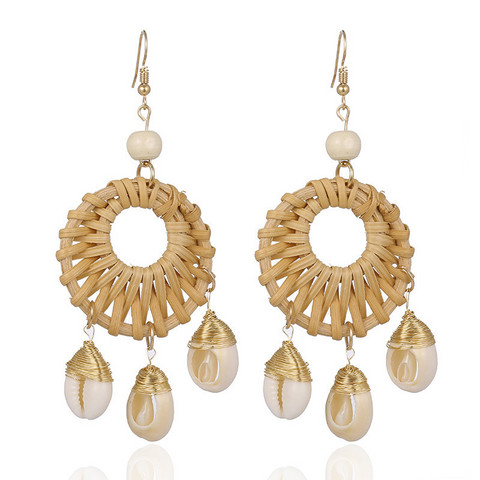 Rottinkorvakorut, Natural Rattan Earrings with Seashells