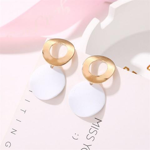 Nappikorvakorut, Minimalistic White Earrings