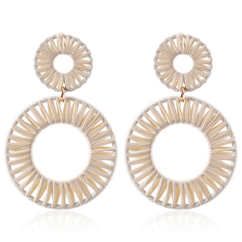 Korvakorut, White Holiday Earrings