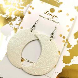 LEMPI-korvakorut, Kuu (valkoinen glitter)