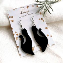 LEMPI-korvakorut, Kissa keimailee (musta, visakoivu)