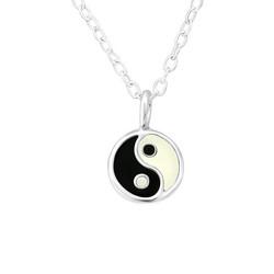Lasten hopeinen kaulakoru, Yin Yang -jing jang