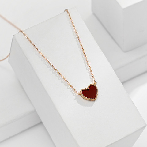 Kirurginteräskaulakoru, Red Heart Gold Necklace