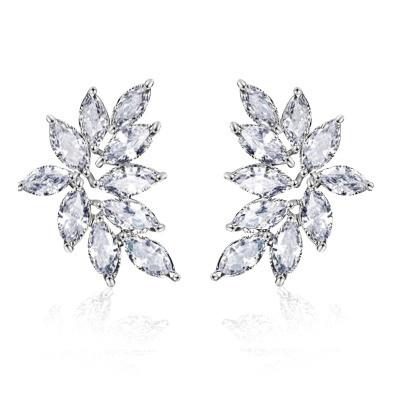 Kristallikorvakorut, ATHENA BRIDAL Luxurious Cluster Earrings