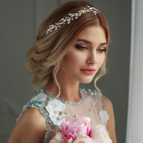Hiuskoru, ATHENA BRIDAL|Crystal Hair Vine with Natural Pearls in Gold