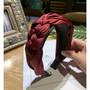 Hiuspanta|SUGAR SUGAR, Chunky Braided Hairband in Dark Red