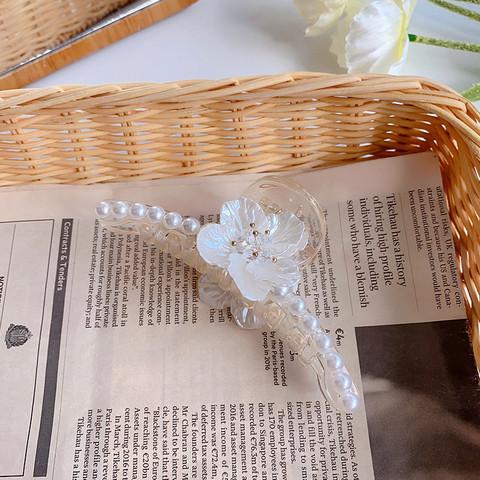 Hiussolki, hainhammas SUGAR SUGAR, Large Pearly Flower Hairclip