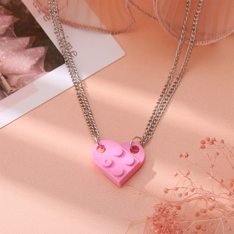 Best Friends-koru, Blocks in Pink