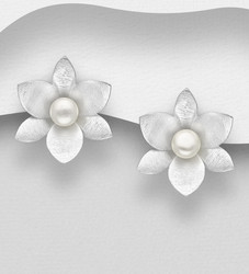Hopeanapit, PREMIUM COLLECTION|Large Matt Flower Earstuds with Pearls