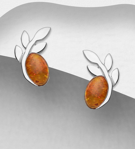Hopeanapit, PREMIUM COLLECTION Leaf Earstuds with Baltic Amber