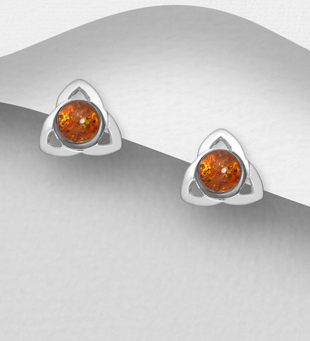 Hopeanapit, PREMIUM COLLECTION|Triangle Earstuds with Baltic Amber