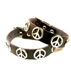 Peace-nahkaranneke