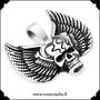 Kirurginteräsriipus, Skull with Wings (pääkallo)