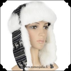 Trapper hat, mustavalkea poro