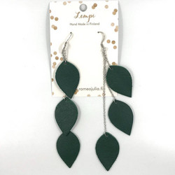 LEMPI-korvakorut, Lehdet (tummanvihreä, kolmiosainen)