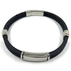 Kirurginteräsrannekoru, Black Bracelet with Stainless Steel
