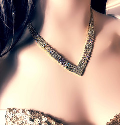 Strassikaulakoru, Simple Strass Necklace in Gold