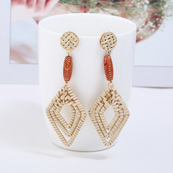 Puukorvakorut, rottinkikorvakorut/Diamond Rattan Earrings