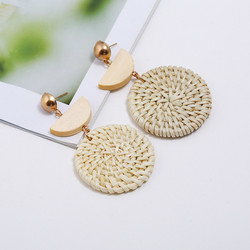Puukorvakorut, rottinkikorvakorut/Small Light Natural Rattan Earrings