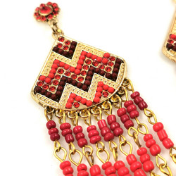 Korvakorut, Red Earrings with a Geometric Pattern