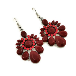 Korvakorut, Dark Red Earrings