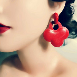 Korvakorut, Modern Red Earrings