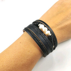 Rannekoru, Black Bracelet with Pearls
