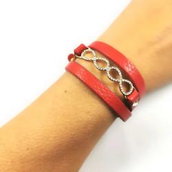 Rannekoru, Red InfinityTwist Bracelet