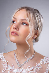 Strassikorvakorut,  Luxurious Lace Earrings
